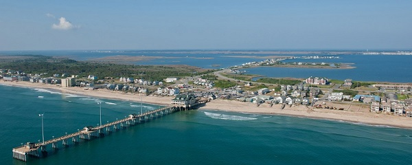 This image has an empty alt attribute; its file name is outer-banks-2.jpg